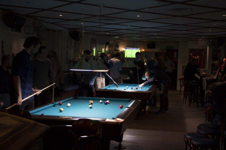 Pub og sport - pool bar